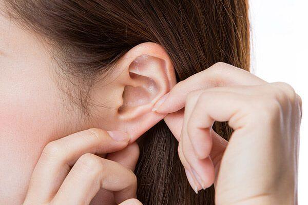 耳つぼの効果方法【すり込みアロマ】