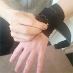 セラピストの悩み(手首の腱鞘炎)の治し方 サポーター(ザムストリストバンド)のオススメの使い方2
